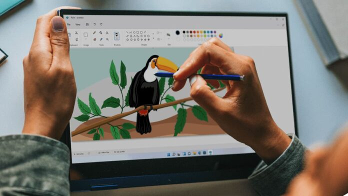 A quick look at the new MS Paint in Windows 11
