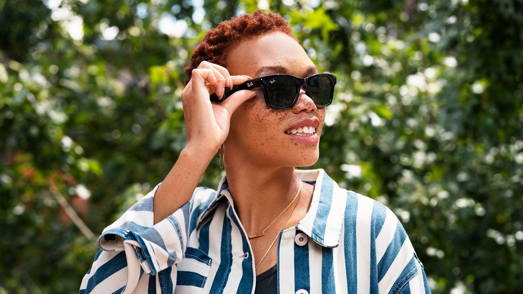 Facebook shows off its smart glasses – Ray-Ban Stories